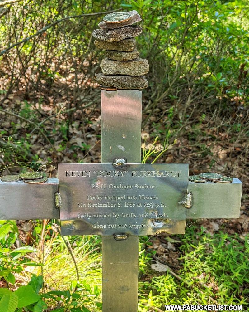 Memorial at Indian Lookout.