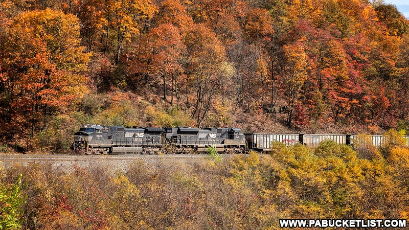 Westbound train entering the Horseshoe Curve in Blair County PA