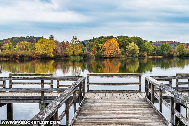 Fall foliage near the fishing pier at Shawnee State Park.