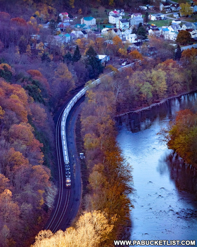 A train passing through Mapleton as viewed from the Mapleton Overlook along the Standing Stone Trail.