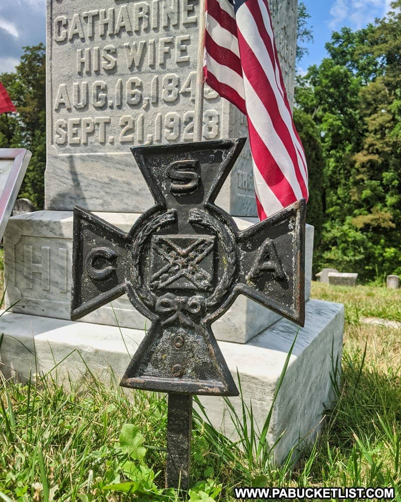 Confederate States of America grave marker for William Hinson at the 1806 Old Log Church and cemetery near Schellsburg, Pennsylvania.