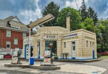 Dunkle's Gulf Station in Bedford Pennsylvania