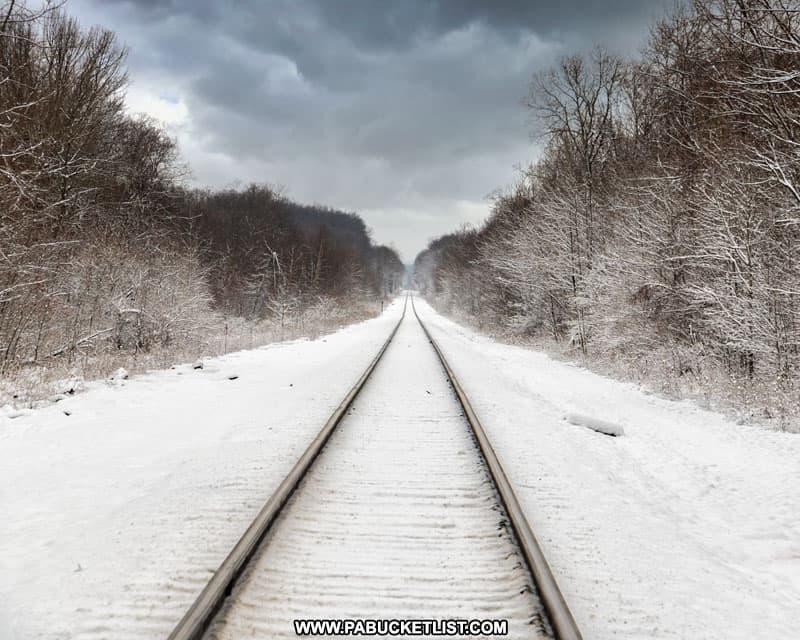 Train tracks near the entrance to Kinzua Bridge State Park