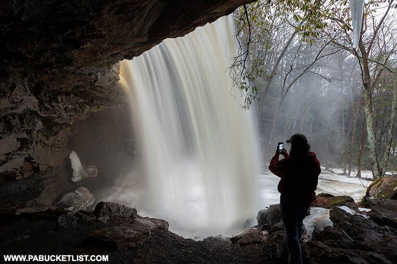 Rusty Glessner behind Cucumber Falls.
