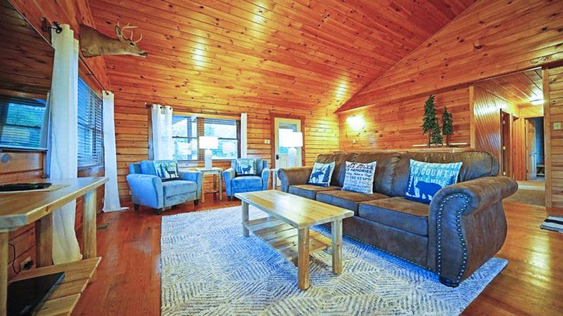 Interior of Lazy Bear vacation rental cabin near the PA GRand Canyon in Wellsboro PA