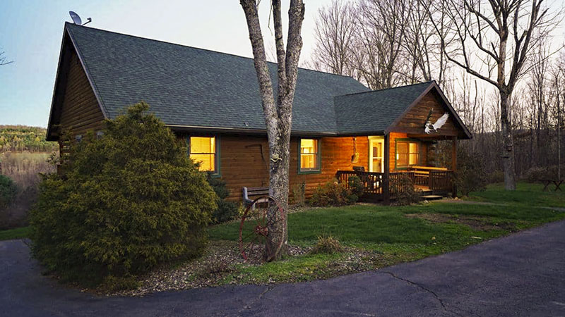 Exterior of Lazy Bear vacation rental cabin near the PA GRand Canyon in Wellsboro PA