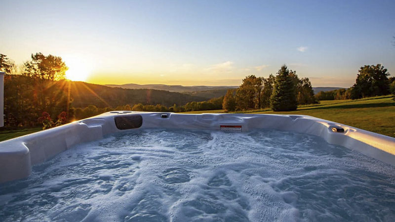 Hot tub at mountain top chalet in PA Grand Canyon area.