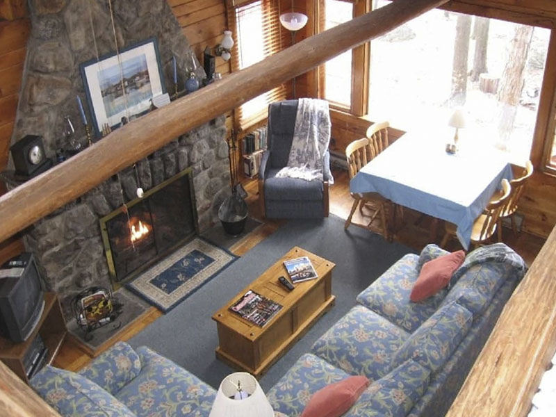 Interior view of a vacation rental on Lake Wallenpaupak.