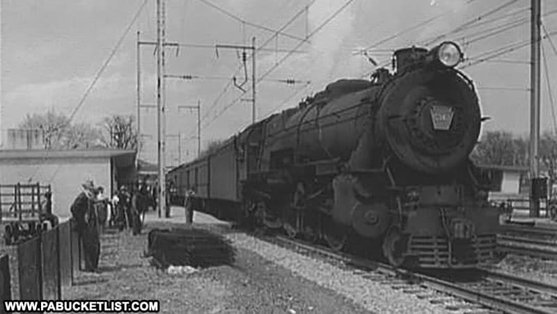 A Pennsylvania Railroad train engine in the early 20th century.