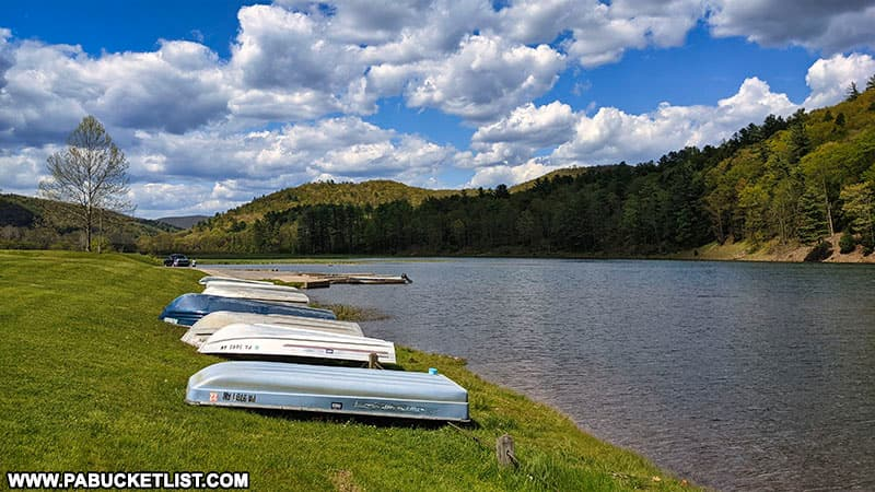 Boating is a popular pastime at Kettle Creek State Park.