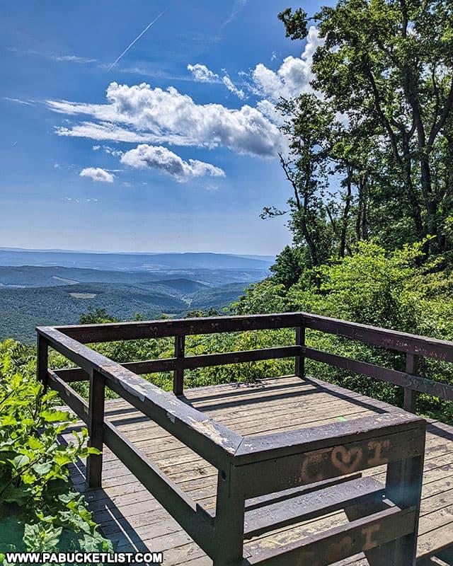 The overlook platform at Skyline Drive Vista in the PA Laurel Highlands.