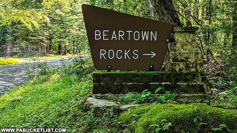 A directional sign to Beartown Rocks in the Clear Creek State Forest.