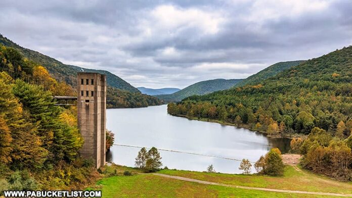 Fall foliage starting to appear around the Stevenson Dam at Sinnemahoning State Park on October 12th, 2021.